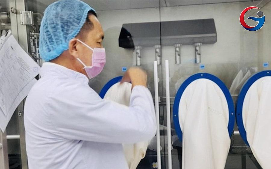 """Sẽ sớm có vắc-xin và thuốc đặc trị COVID-19 """"Made in Vietnam""""?"""